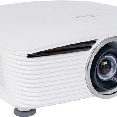 Optoma X605 XGA DLP Desktop Projector from Ivojo Multimedia Ltd. http://www.ivojo.co.uk/projector-spec.php?pid=Optoma_X605: 6000 ANSI Lumens, 2000:1 contrast ratio, 8.6kg., 3 year loan support warranty.